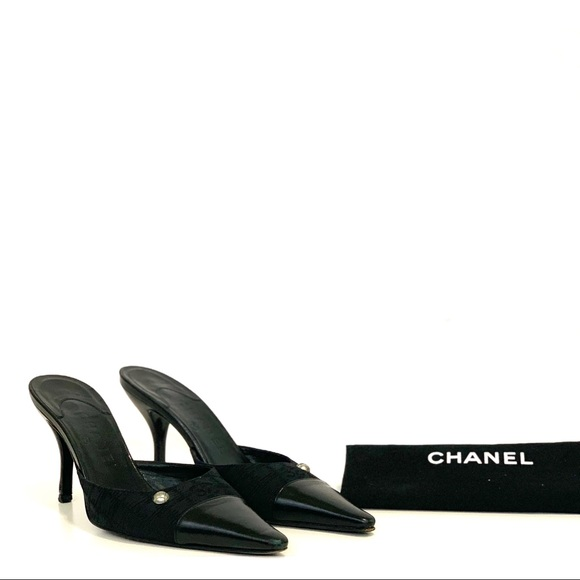 Chanel kitten heels size 37